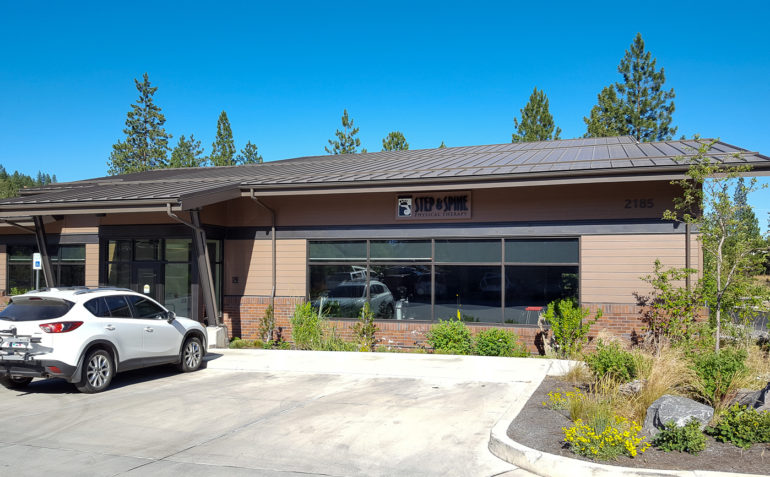 Step and Spine Physical Therapy Bend exterior